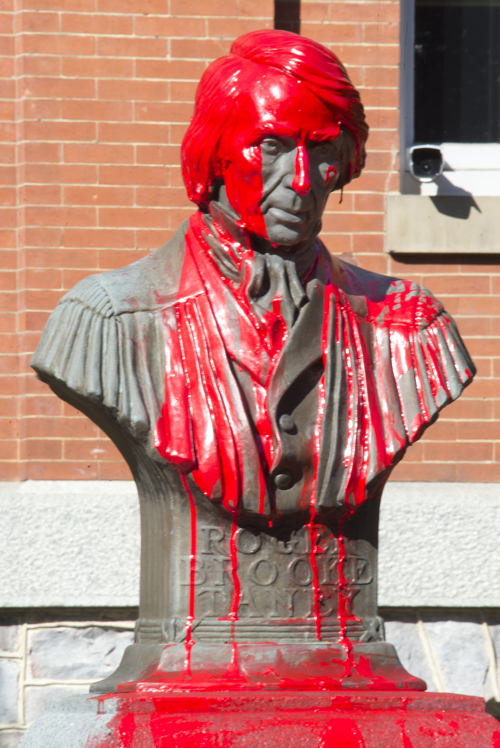 sy-taney-bust-vandalism-6-jf