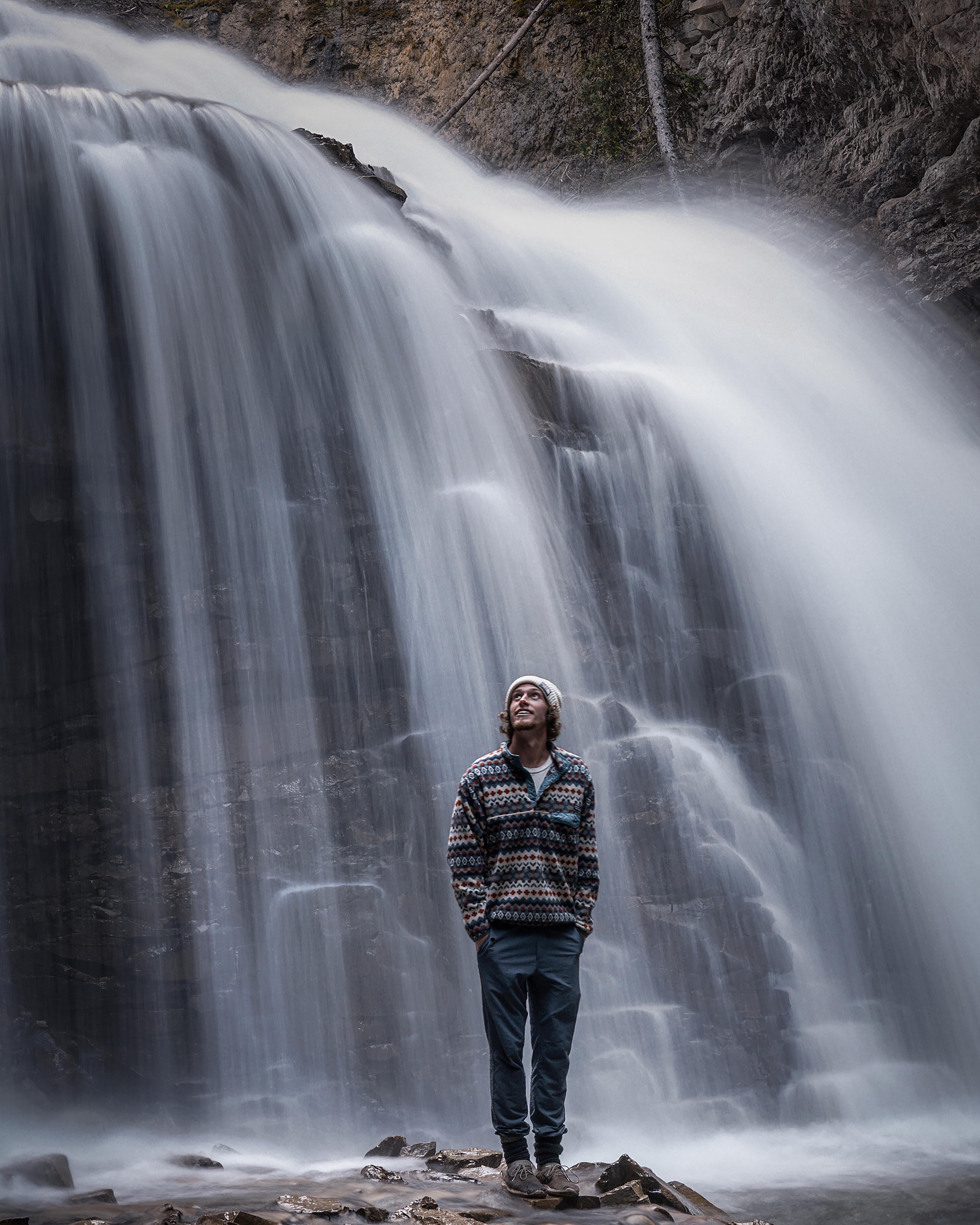 sam-waterfall-vert